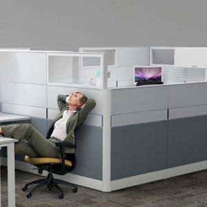 T80 workstation screen system